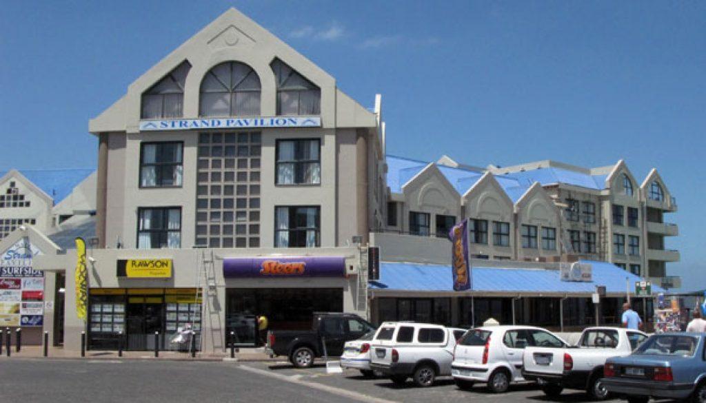 strand shopping centre