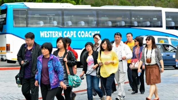 Chinese-tourists-in-Cape-Town-LR-620x350