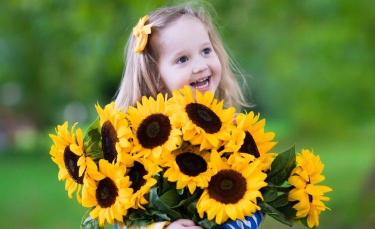 Sunflowers-bouquet-750x458