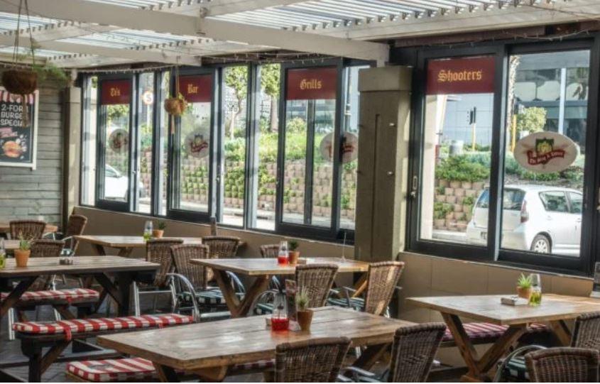 Restaurants back court challenge